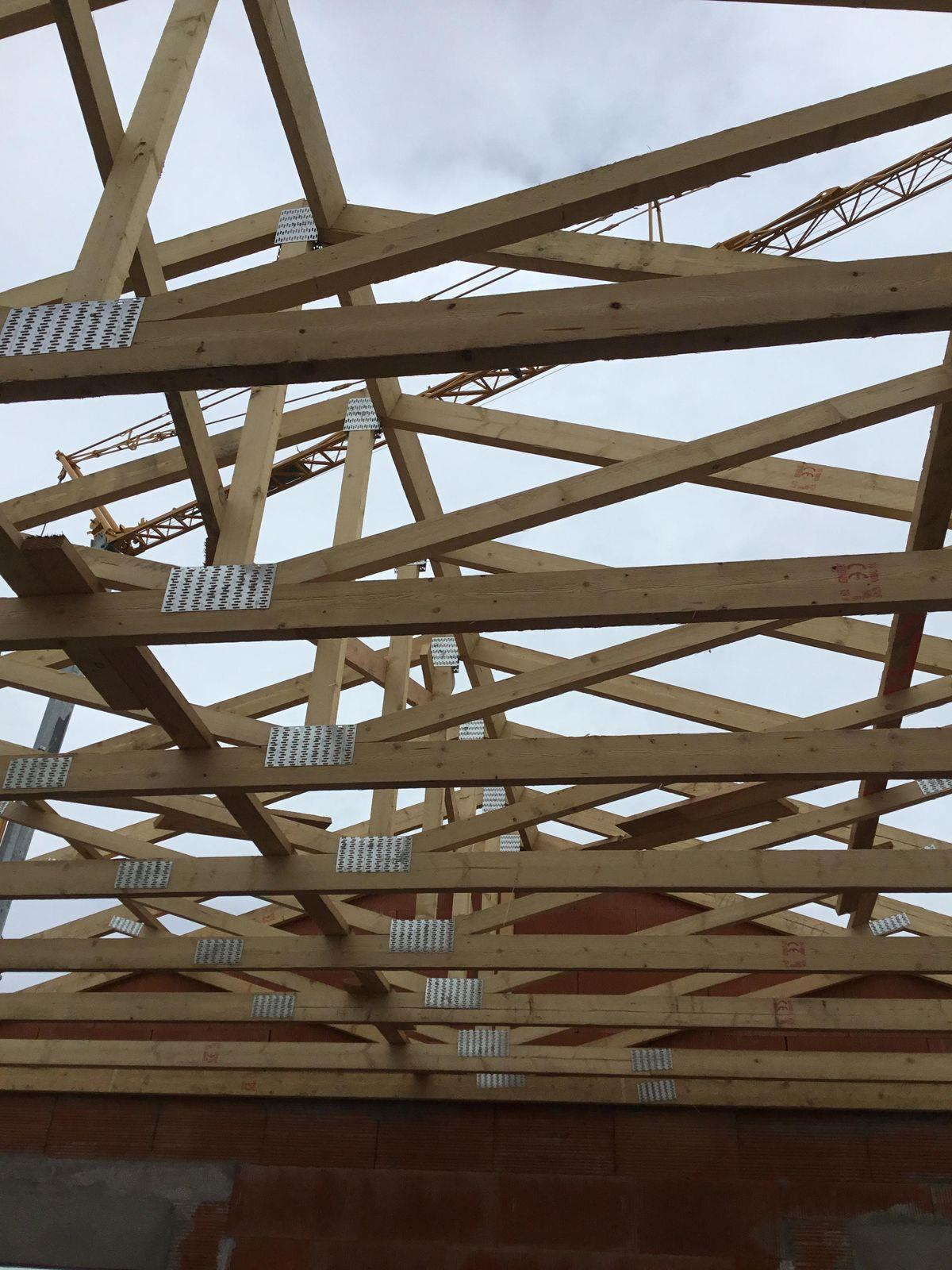 Charpente Americaine Fermette Industrielle Bordeaux Cavignac Libourne Charpentier Fermette Construction Maisons Immeubles Residentiels Betiments De Collectivites